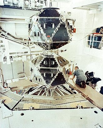 Vela (satellite) - The Vela-5A/B Satellite in its cleanroom. The two satellites, A and B, were separated after launch.