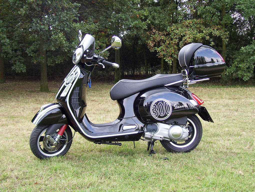 file vespa gts 300 super wikimedia commons. Black Bedroom Furniture Sets. Home Design Ideas