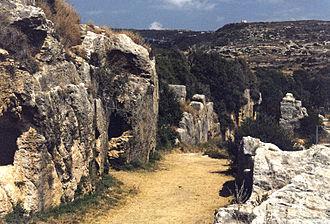 Samandağ - Image: Vespasian Titus Tunnel