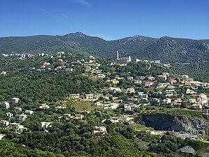 Ville-di-Pietrabugno - The church of Santa Lucia and the surrounding buildings, in Ville-di-Pietrabugno