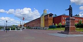 Vladimir Statue, Smolensk.jpg