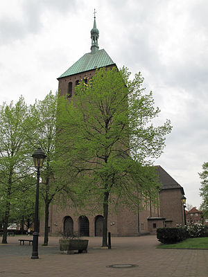 Vreden - Image: Vreden, die Pfarrkirche Sankt Georg foto 1 D6 2012 04 30 16.30