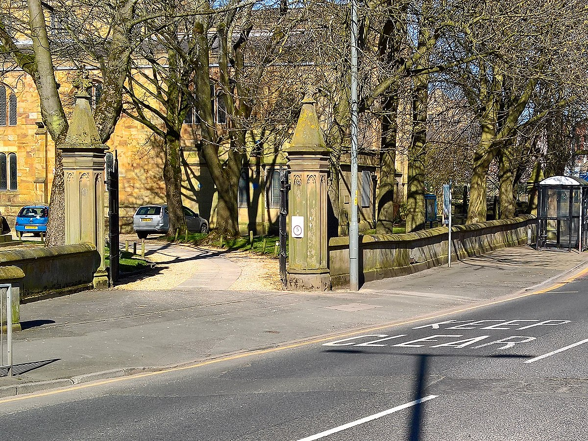 Wall and gates, St Peter's Churchyard, Burnley.jpg