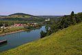 Widok z zapory wodnej w Solinie w stronę Myczkowców. Zielone wzgórza nad Soliną... - panoramio.jpg