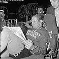 Wielerzesdaagse in het sportpaleis te Antwerpen 42-jarige Gerrit Schulte (blond, Bestanddeelnr 909-3570.jpg