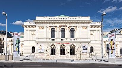 So kommt man zu Künstlerhaus Wien mit den Öffentlichen - Mehr zum Ort Hier