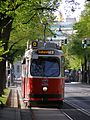 Wien Opernring tramwaj.jpg