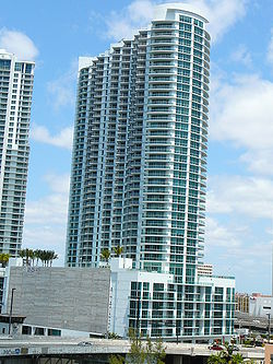 Wind Tower Miami se.jpg
