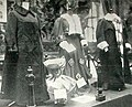 Women's fur fashion at the Paris show 1905 (3).jpg