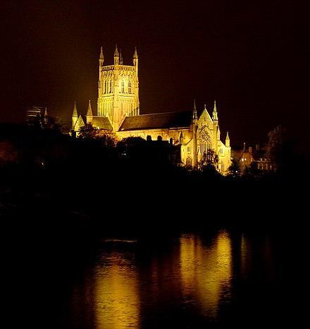 Worcester Cathedral overlooking the Severn Worcester cathedral night2.jpg