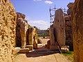 Xaghra Ggantija-Tempel Innen 2.JPG