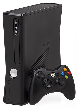 Xbox 360 - Left: Xbox 360 Elite, Center: Xbox 360 S and new-style controller, Right: Xbox 360 E and new-style controller