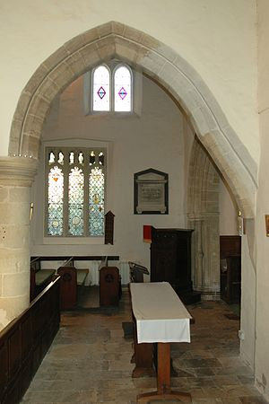 Yarnton - Irregular arch in Early English arcade between St. Bartholomew's nave and south aisle