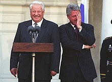 220px-Yeltsin_and_clinton_laughing.jpg