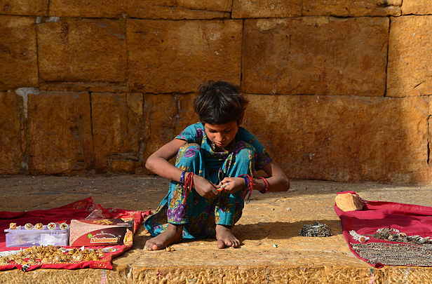 Young girl in Jaisalmer.jpg
