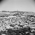 Zicht over de stad Jeruzalem met de Al Aqsa moskee in het midden van de foto, Bestanddeelnr 255-5193.jpg