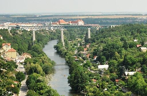 Znojmo železniční most