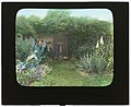 """Gray Gardens,"" Robert Carmer Hill house, Lily Pond Lane, East Hampton, New York. LOC 7221391276.jpg"