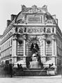 Édouard Baldus, Fountain de Saint Michel, between 1851 and 1870.jpg