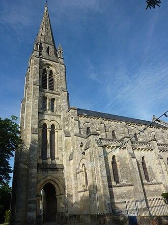 Saint-Yzans-de-Médoc - Image: Église Saint Yzans de Médoc 1