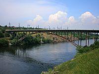 Арковий міст в Запоріжжі.JPG