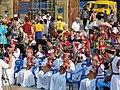 Домбристы в Элисте, около хурула, во время концерта сводного оркестра.jpg