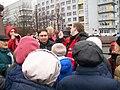 Министр ЖКХ Свердловской области Николай Смирнов на митинге.jpg