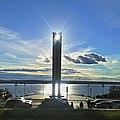 Монумент дружбы перед закатом.jpg
