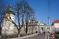 Міські мури з баштами 110403 04043.jpg