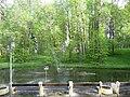 Парк с каскадными прудами. Верхний пруд с фонтаном. Валуево.jpg