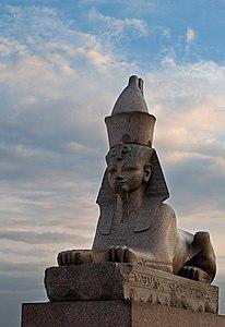 Сфинкс, пристань со сфинксами фараона Аменхотепа III.jpg