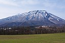 牧野と岩手山 Mt. Iwate from the Ranch - panoramio.jpg