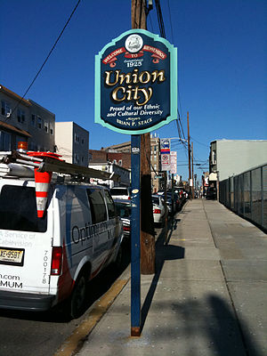 Union City, New Jersey - Sign marking Union City's southern border with Jersey City
