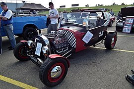1928 Ford Model A hot rod (6045118590).jpg