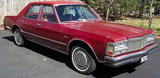 Dodge Diplomat - Image: 1977Diplomat