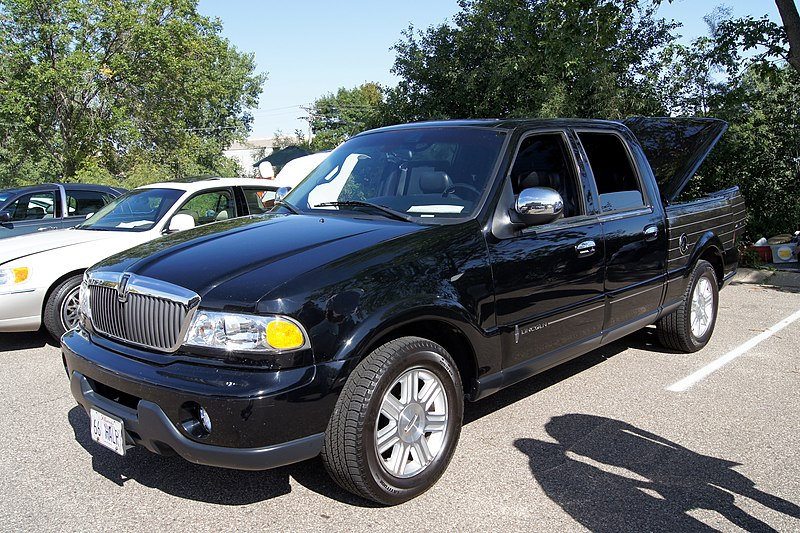 File:2002 Lincoln Blackwood Pick-Up (7811317090).jpg