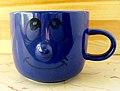 2006-10-15 Blaue Tasse mit Gesicht.jpg