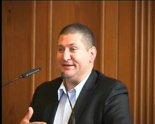 File:2008 09 conference on Scientology in Hamburg speaker Marc Headley part 2 of 3.ogv
