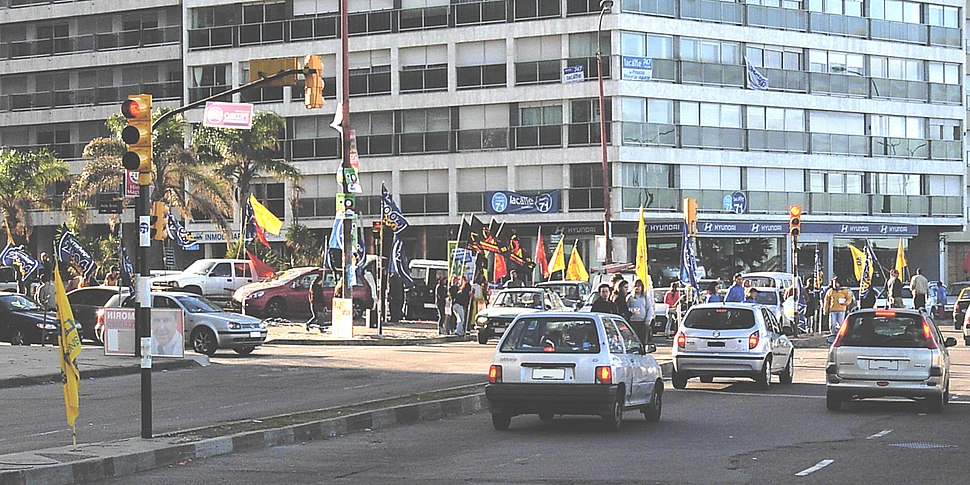 2009 Uruguayan primary elections - Campaign on the Montevidean rambla 2