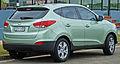 2010 Hyundai ix35 (LM) Active wagon 02.jpg
