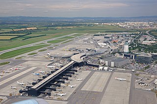 international airport serving Vienna, Austria