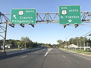 U.S. Route 1 Business (Trenton, New Jersey) - View south at the north end of US 1 Bus