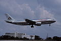 374ag - American Airlines Airbus A300; N77080@MIA;31.08.2005 (4692325390).jpg