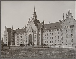 Amtsgericht Berlin-Wedding Thoemer & Mönnich Franz Kullrich (1864-1917, als Fotograf) / CC0