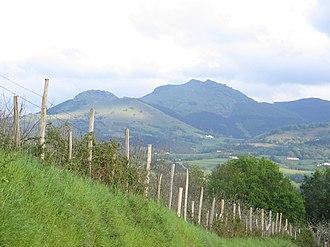 Adarra - The Aballarri rocks on the left and Adarra (centre)