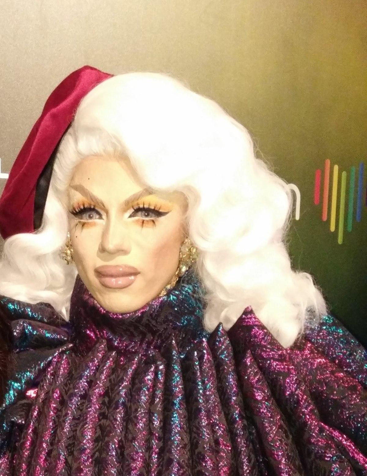 Drag Queen Make Up: Aja (drag Queen)