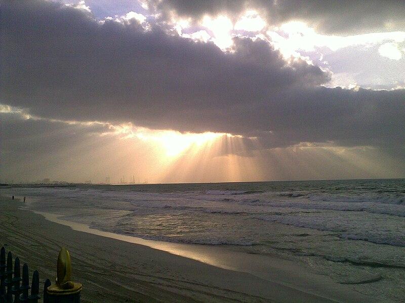 File:Ajman beach-10.jpg