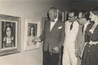 Alberto da Veiga Guignard na sua exposição no MAM. Na fota José Lins do Rego e Manuel Banceira.tif