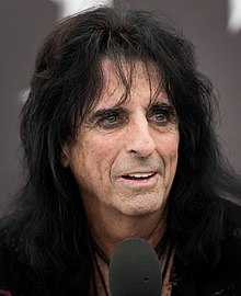 Alice Cooper 2017-08-05 Wacken (cropped).jpg