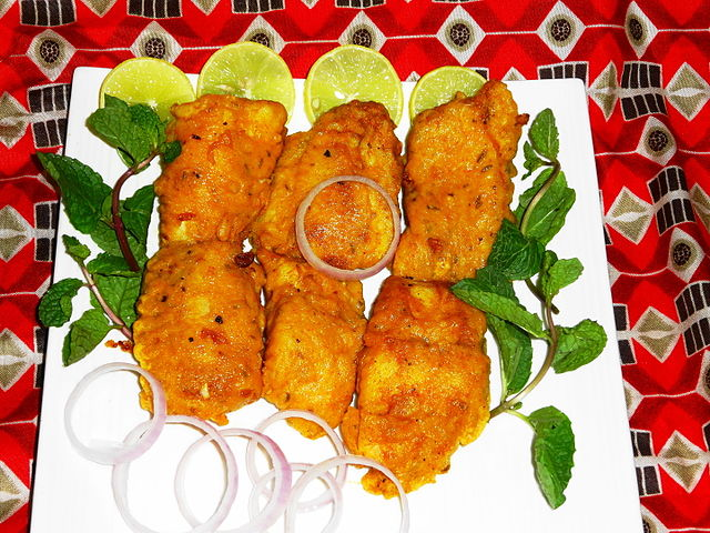 Cuisine of karachi amritsari fried fish for Amritsari cuisine